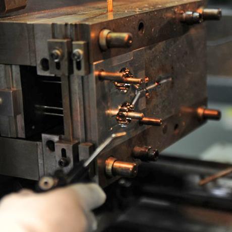 熱硬化性 機器 4